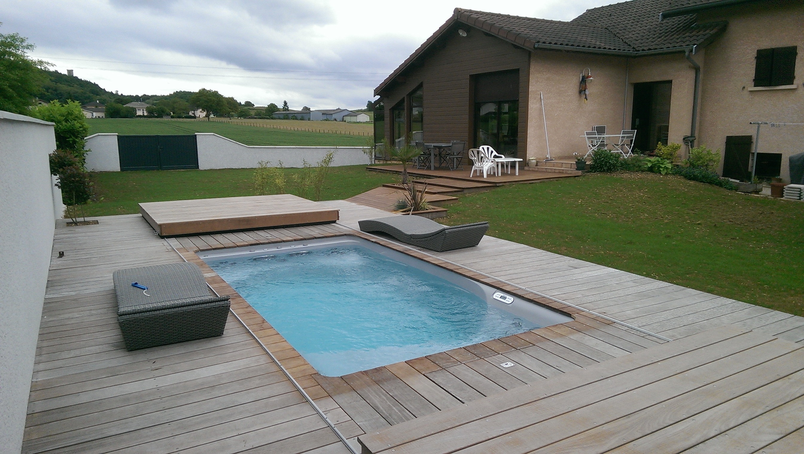 Piscine spa baln o nage contre courant pretty pool for Spa avec piscine